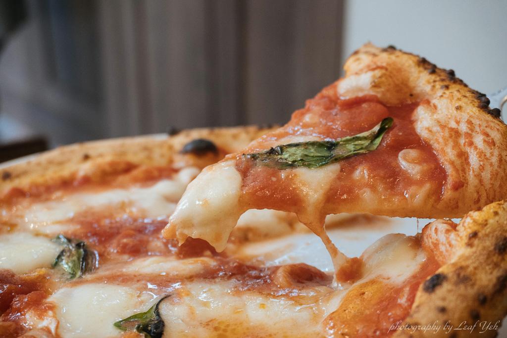 即時熱門文章:【八德路美食】 BANCO棒可 窯烤PIZZA‧自製生麵 │得冠軍的義式窯燒披薩,怎麼能不試試! APN認證披薩、台北窯燒披薩