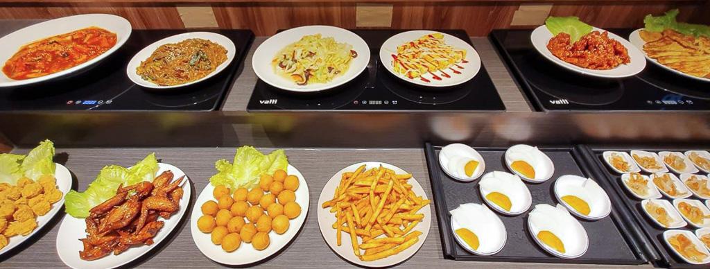 【桃園韓式烤肉】豬隊有燒烤吃到飽│挑戰全台最便宜韓式燒肉,超過60~70種食材、299元讓你無限吃到飽!